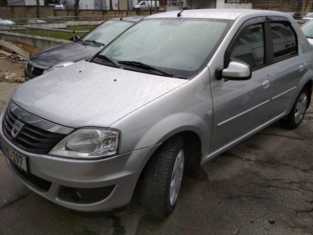 Dacia Logan in Chirie
